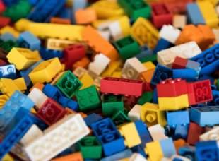 Конструкторы Лего в Toy.ru