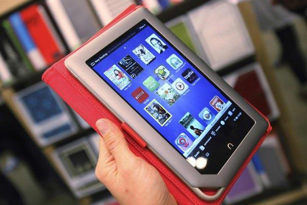 Покупаешь планшет в Связном – получаешь подарок
